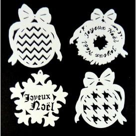 4 motifs noël plats en bois ciselé blanc