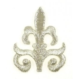 écusson arabesque argent 3x3,8cm thermocollant