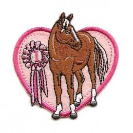 écusson cheval coeur