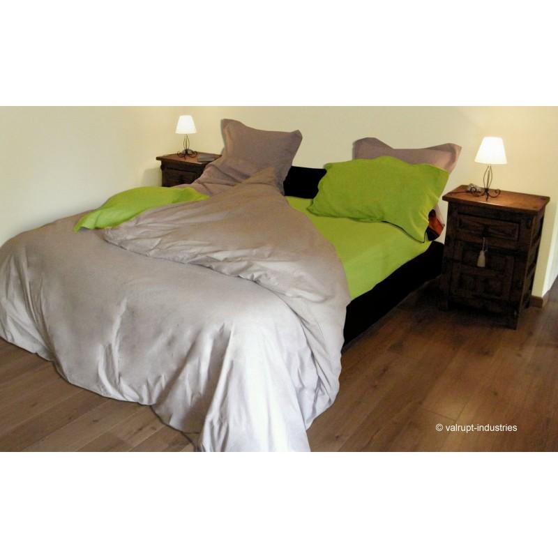 housse de couette uni 57 fils 260x240cm. Black Bedroom Furniture Sets. Home Design Ideas