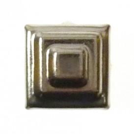 bouton clous carré pyramide argent 10mm