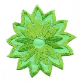 écusson fleur verte thermocollant