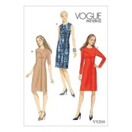 patron robe ajustée Vogue V9200