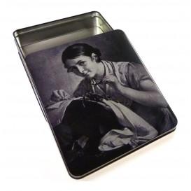 Boîte couture métal 9 x 6 cm