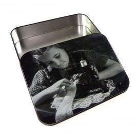Boîte couture métal 7,5 x 4 cm