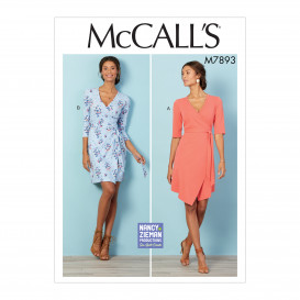 patron robes style portefeuille McCall's M7893