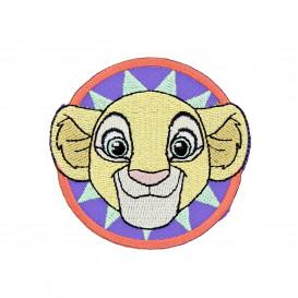 écusson disney le roi lion tête de nala rond thermocollant