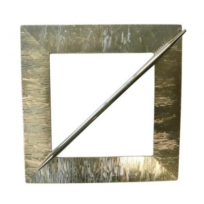 embrasse carré métal strie
