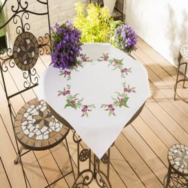 kit nappe à broder fleurs fuschia couronne 80x80cm