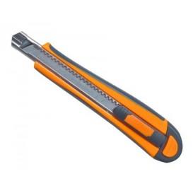 cutter professionnel FISKARS 9mm