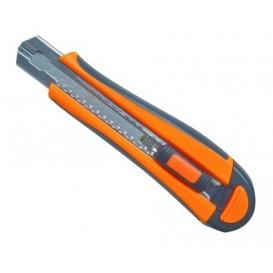 cutter professionnel FISKARS 18mm