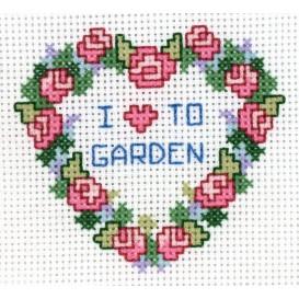 Kit broderie points comptés coeur de roses 7,8x6,9cm